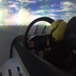 La simulation F-18 est énorme et le briefing est efficace pour un combat acharné meme pour début