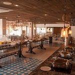 Desayuno buffet todos los días en el Restaurant Embarcadero de Marinaterra Hotel & Spa.