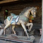 Amazing wooden horse! So accurate!