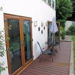 Garden suite terrace/patio.