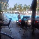 Pool bar ve havuz ; daha çok burada vakit geçirdik