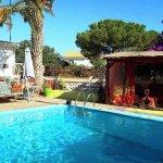 Tara Casa pool and bar