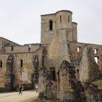 de vernielde kerk