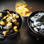 Moules frites Normande ou sauce Camembert