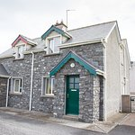 Self catering holiday homes with sea views