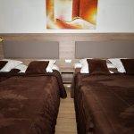 Photo of Hotel Parisien
