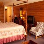 Vintage Executive Suite