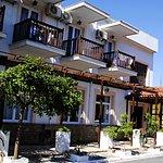 Hotel Anthousa