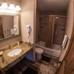 Room 128 Bathroom