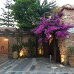 Photo de Spilia Village Hotel