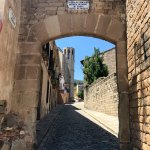 The street to go to the monastery