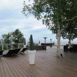 Terrasse, foyer et bel endroit pour observer le fleuve