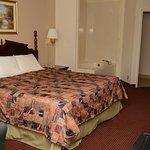 Foto de Travelers Inn and Suites Memphis