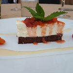 Duo de boeuf / rue de d'agneau / chocolat blanc abricot / vacherin