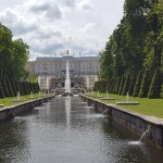 Peterhof mit dem weltberühmten Fontänenpark