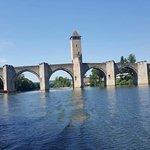 Le pont en amont vu du bateau