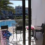 Photo de Aparthotel Playas Ca's Saboners