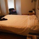 Master bedroom - queen bed, no adjoining bathroom