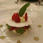 mille feuille fraise pastille vichy ( ce n'ai pas le nom exact de la carte)