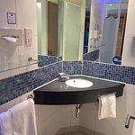 Photo de Holiday Inn Express London-Newbury Park