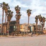 Photo de Venice On The Beach Hotel