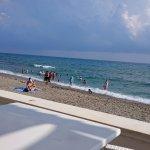 Foto de The Garden Beach Hotel