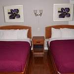 Lundy's Motel Image