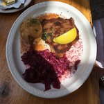 schnitzel, potatoes and red cabbage