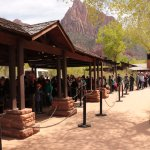Zion Shuttle - huge queues of passengers at Visitor Centre
