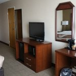 QI Midway King Suite Amenities