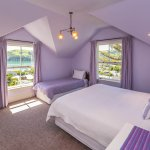 Upstairs seaview room with private bathroom (2 - 4 guests in adjoining rooms)