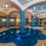 Spa indoor pool