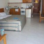Corallia Beach Hotel Apartments Foto