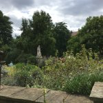 Sir Hans Sloane statue, Chelsea Physic Garden