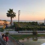 Photo de Plaza Beach Hotel