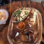 Excelente lugar Eucalipto Restaurant bar and grill es el Restaurant de pertenece al hotel old mi