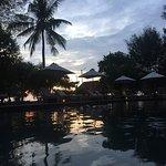 Photo de Desa Dunia Beda Beach Resort