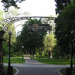 pleasant entrance way ( one of many ) to Park