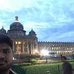 It was so great architecture,so beautiful view in the evening ,you can go there by metro