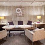 Salon- lobby