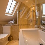 Butlers Room En-Suite Shower Room