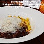 Fiaker-Gulasch mit Butter-Spaetzle