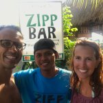 Photo de Zipp Bar Restaurant & Bungalows