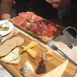 Meat and cheese platters 🍸
