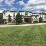 Photo de Wingate by Wyndham Vienna Parkersburg