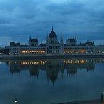 Pre-dawn parliament