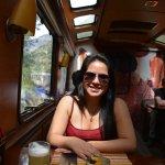 Despues del almuerzo a relajarse con un cóctel especialidad de Inca Rail y música en vivo.