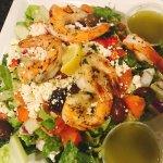GReek salad & Shrimp