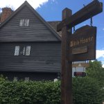 Photo de The Witch House (La Maison de la Sorcière)