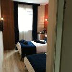 Photo de Ambassador Hotel